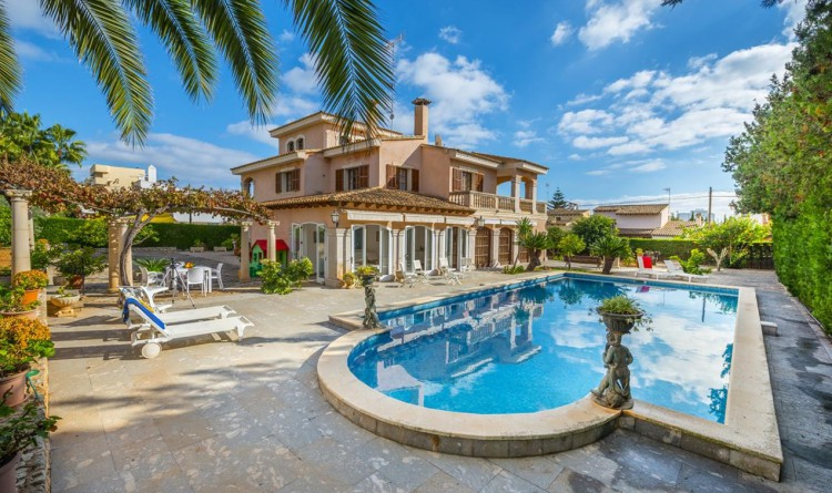 Descubriendo mallorca chalet con piscina privada y - Chalet con piscina ...